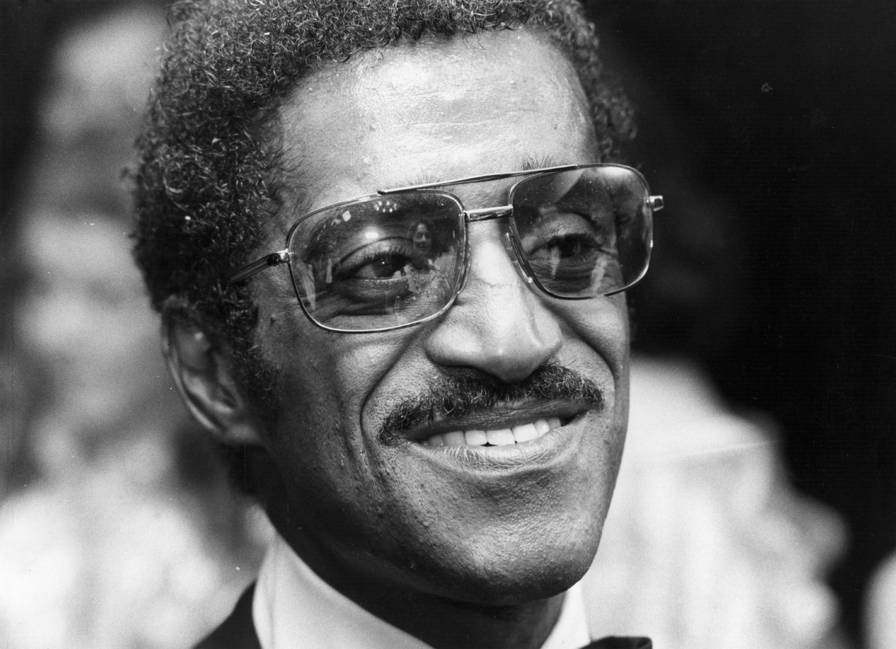 18th July 1974: Sammy Davis Jnr (1925 - 1990), American actor and popular singer. (Photo by Michael Fresco/Evening Standard/Getty Images)